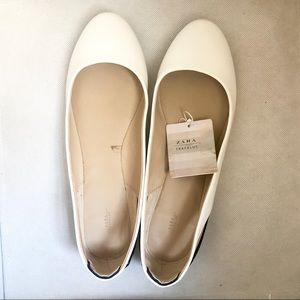 Zara flat size 37 fit like US 6. New